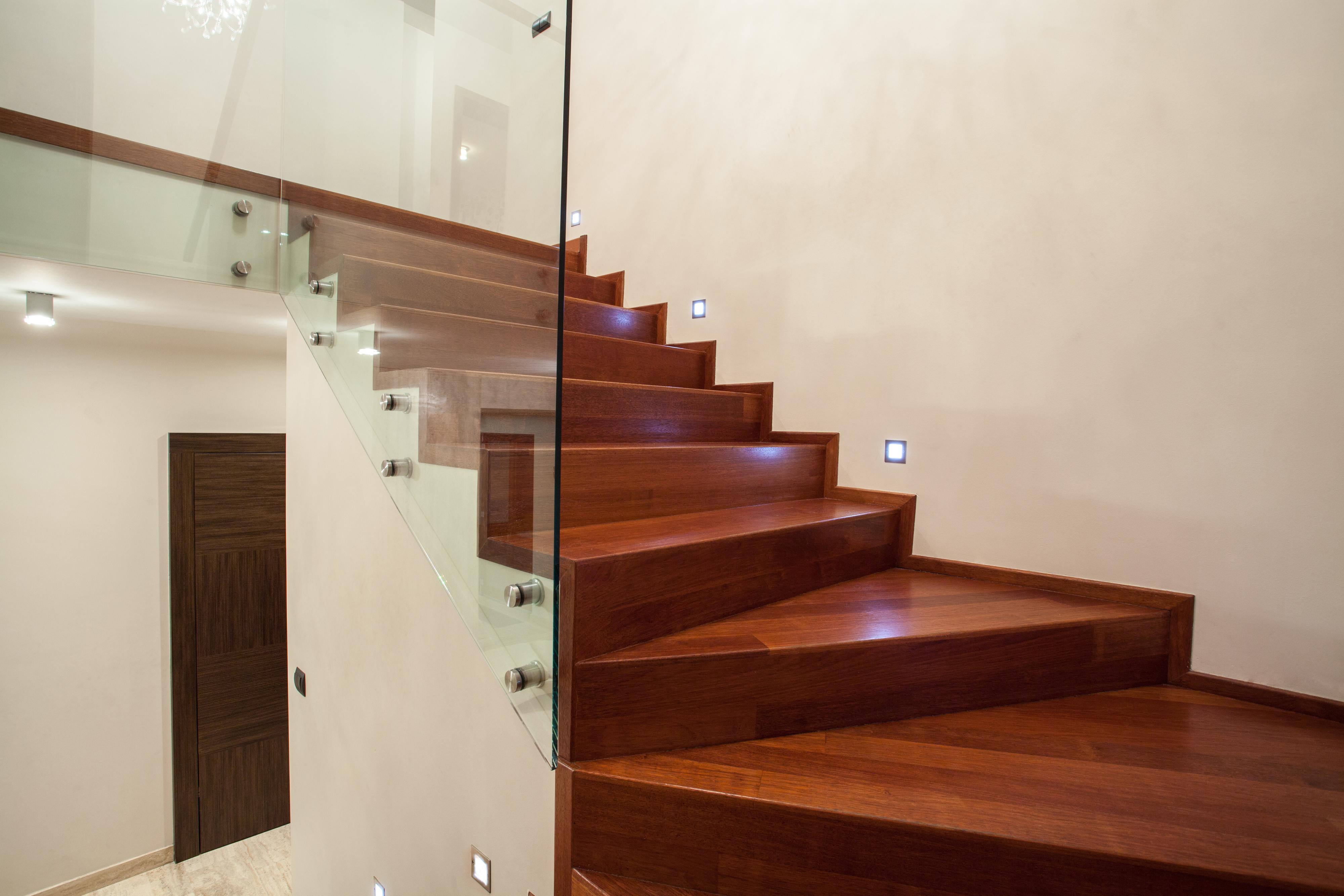 Materiales para escaleras perfect quieres ms informacin - Materiales para escaleras ...