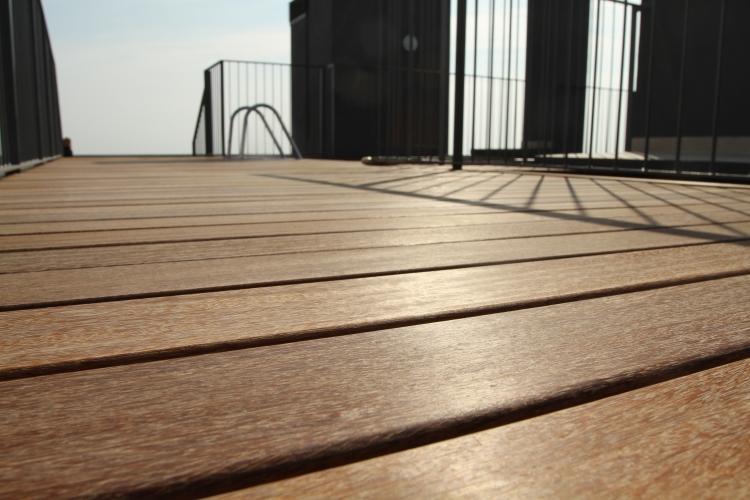 Tarima exterior de madera bdr especialistas en parket - Tarimas de madera para exteriores ...
